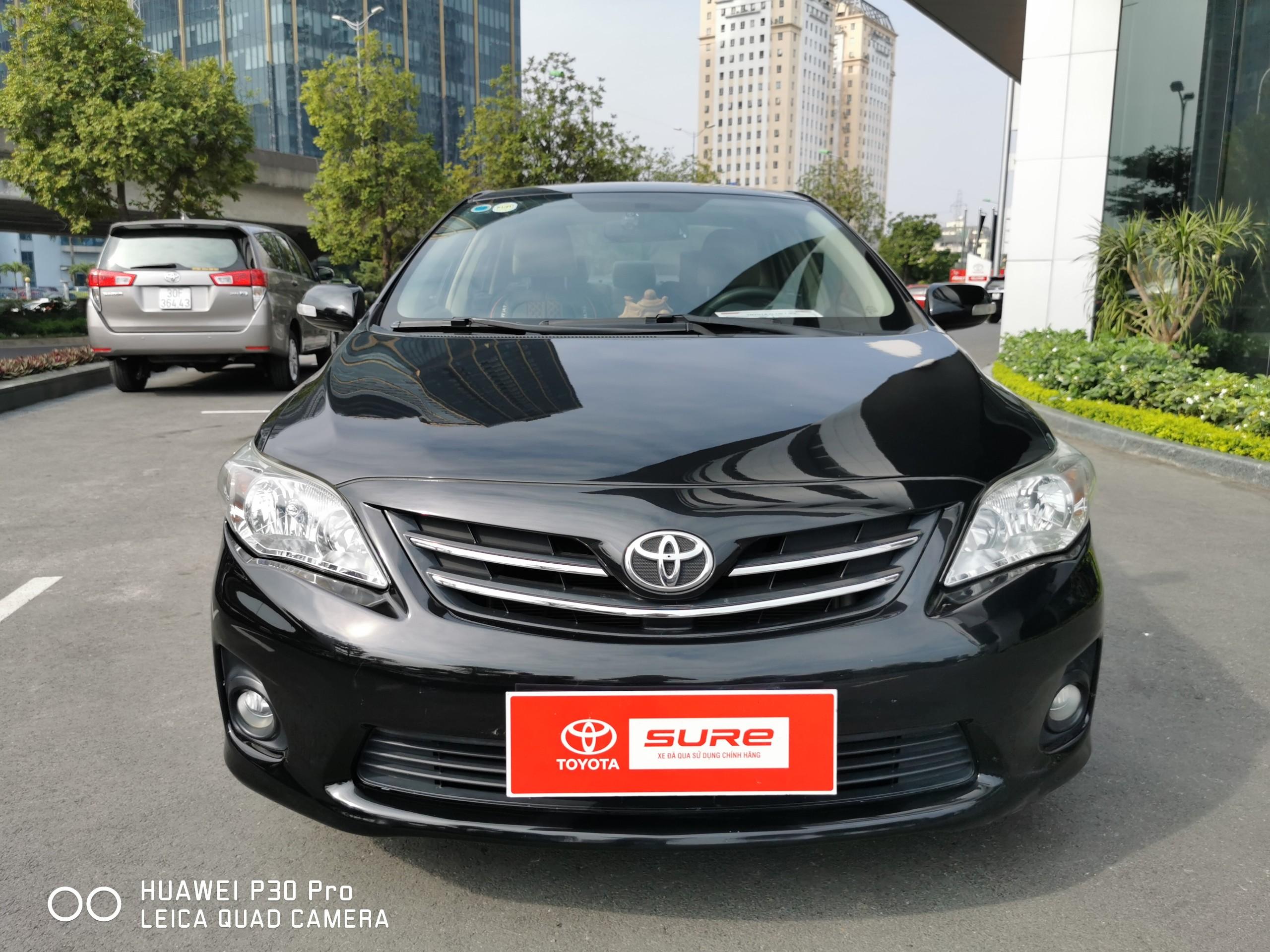 Toyota Altis 1.8AT 2011 màu đen