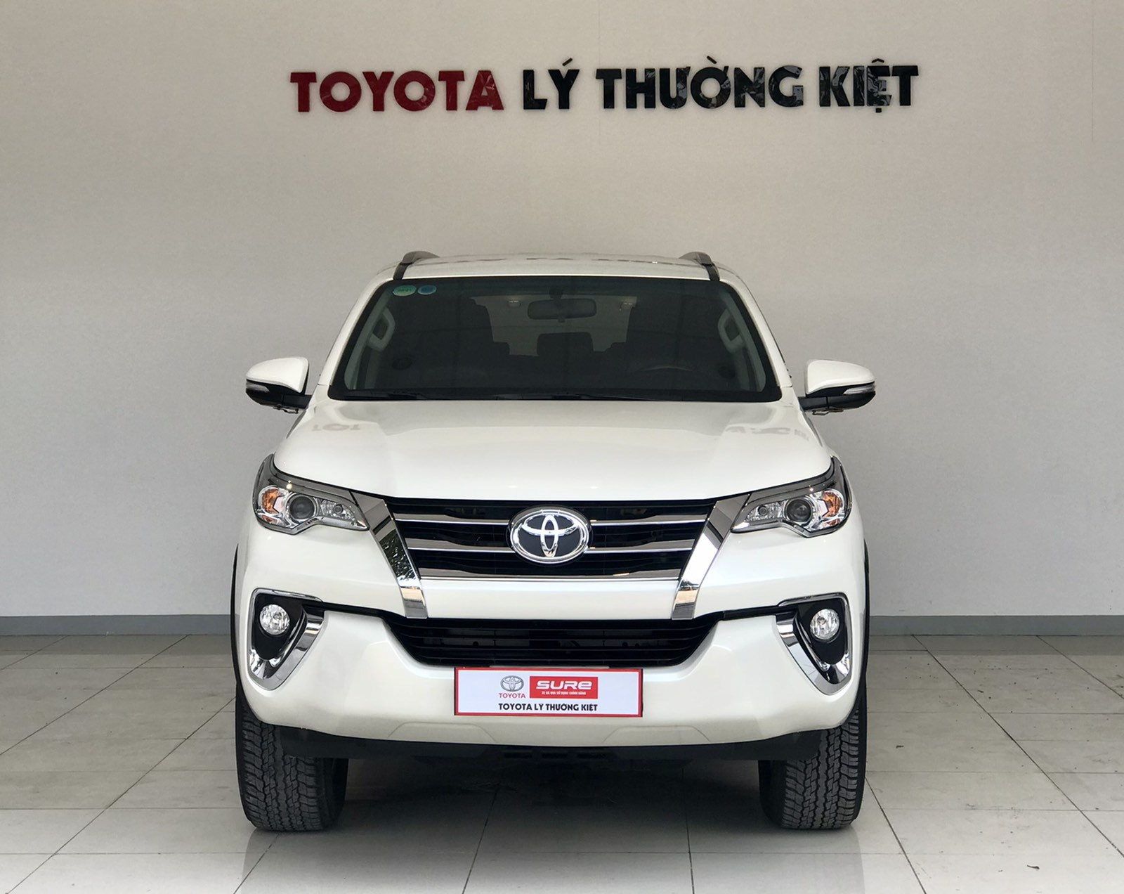 TOYOTA FORTUNER 2.7AT 4x2- 2017