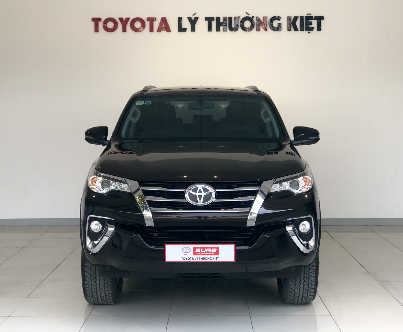 TOYOTA FORTUNER 2.7AT 4x2- 2019