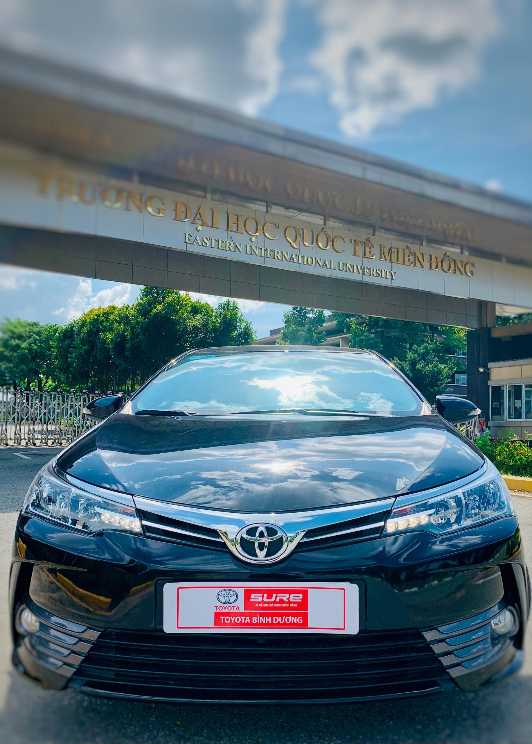 Corolla Altis 1.8G 2019 Màu Đen - Nổi Bật Giữa Đám Đông