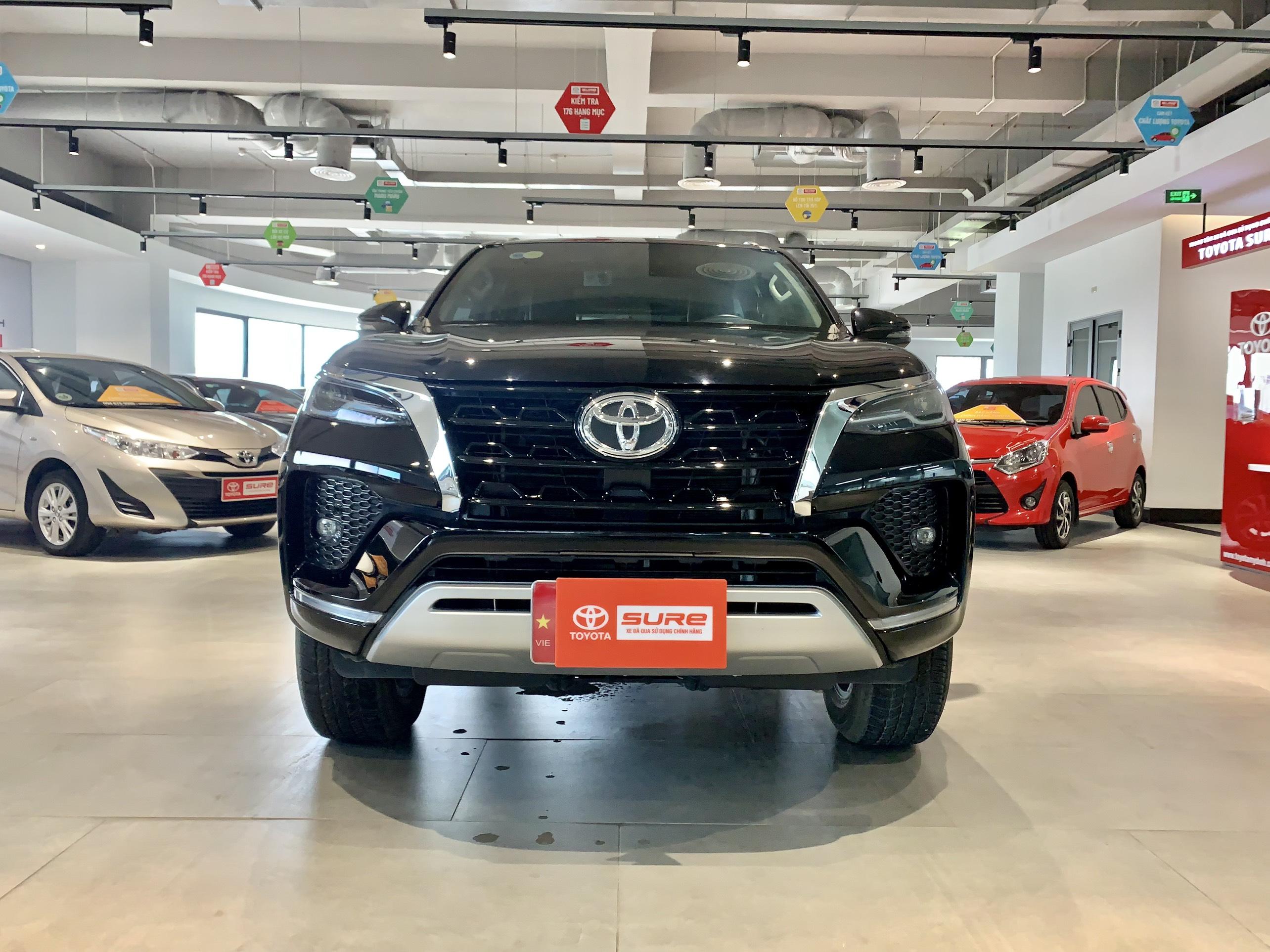 Toyota Fortuner 2.7V 2020